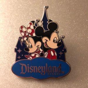 Disneyland resort pin